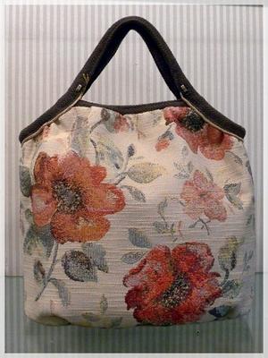 シュールのバッグ