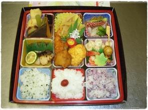 弁当 800円(税別)